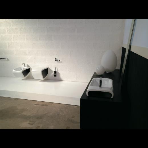 HIDRA HI-LINE væghængt toilet Hvid Sort (sæde og skål sælges separat)-31