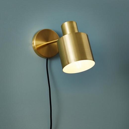 Væglampe i messing fra Hübsch-31