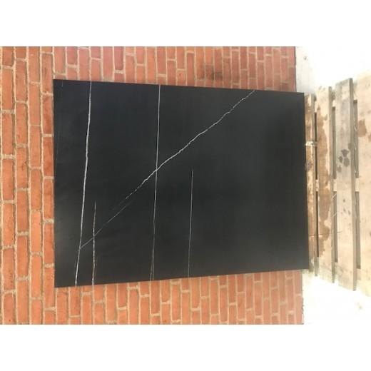 Sahara Noir Mat / 119 x 160 cm-31