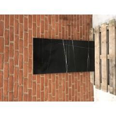 Sahara Noir Glossy / 60 x 120 cm