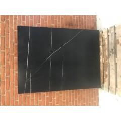 Sahara Noir Mat / 119 x 160 cm